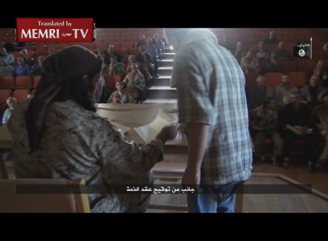 ISIS Video: Christians Forced to Pay Jizya Poll Tax in Syrian Town of Qaryatayn