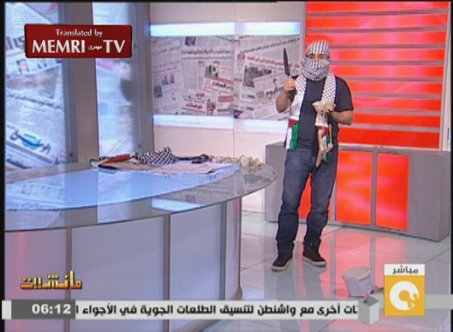Egyptian TV Host Uses Stones, Daggers in Studio to Show Solidarity with Palestinians