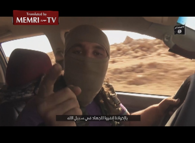 Russian-Speaking ISIS Fighter Threatens Putin with Attacks in Russia